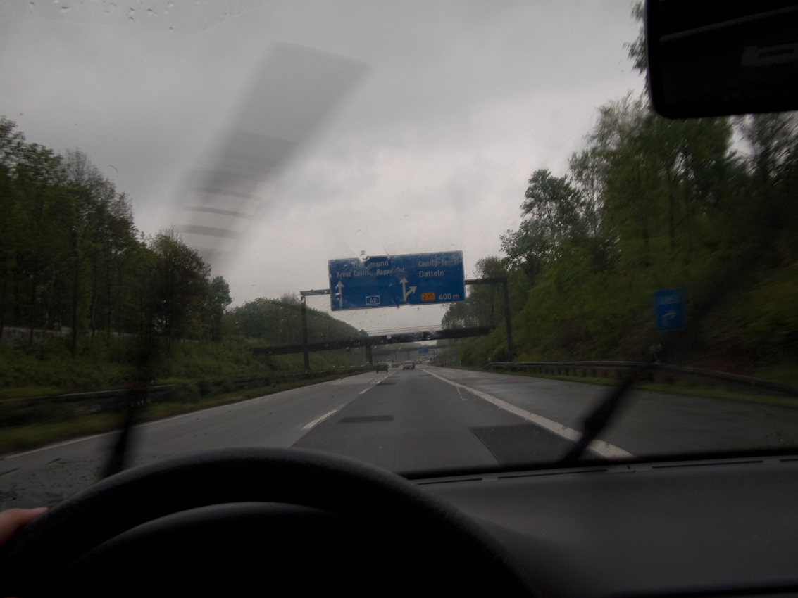 Bundesautobahn 42 (A42) im Ruhrgebiet kurz vor Castrop-Rauxel.