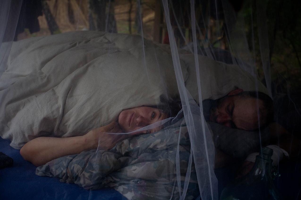 Kai und Katrin um acht Uhr morgens beim Aufwachen.